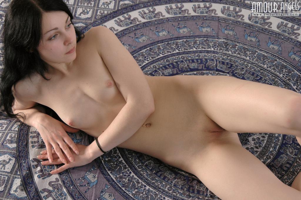 Фото русских голых девственниц